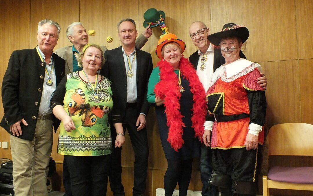 Gemeinsam feiern: Seniorenfasching im Volksheim